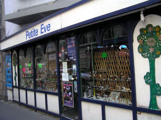 Petit Eve