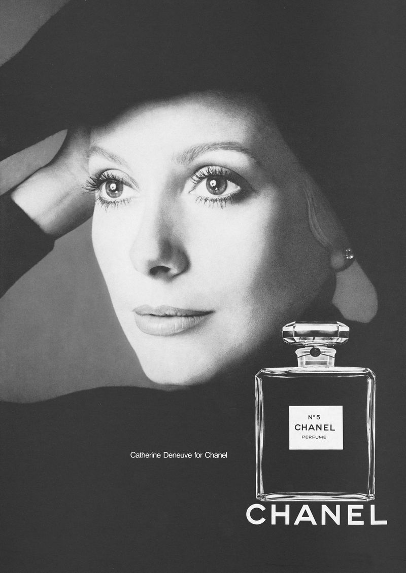 1972 Chanel No.ř Catherine Deneuve by Richard Avedon