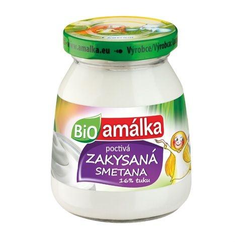 Zdroj obrázku: e-shop http://www.bikos.cz/detail/12194/smetana-zakysana-bio-amalka-lacrum-180ml , kde si můžete Amálku přímo objednat