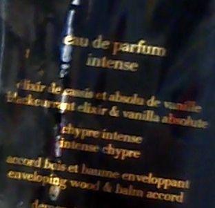armani_si_intense_detail