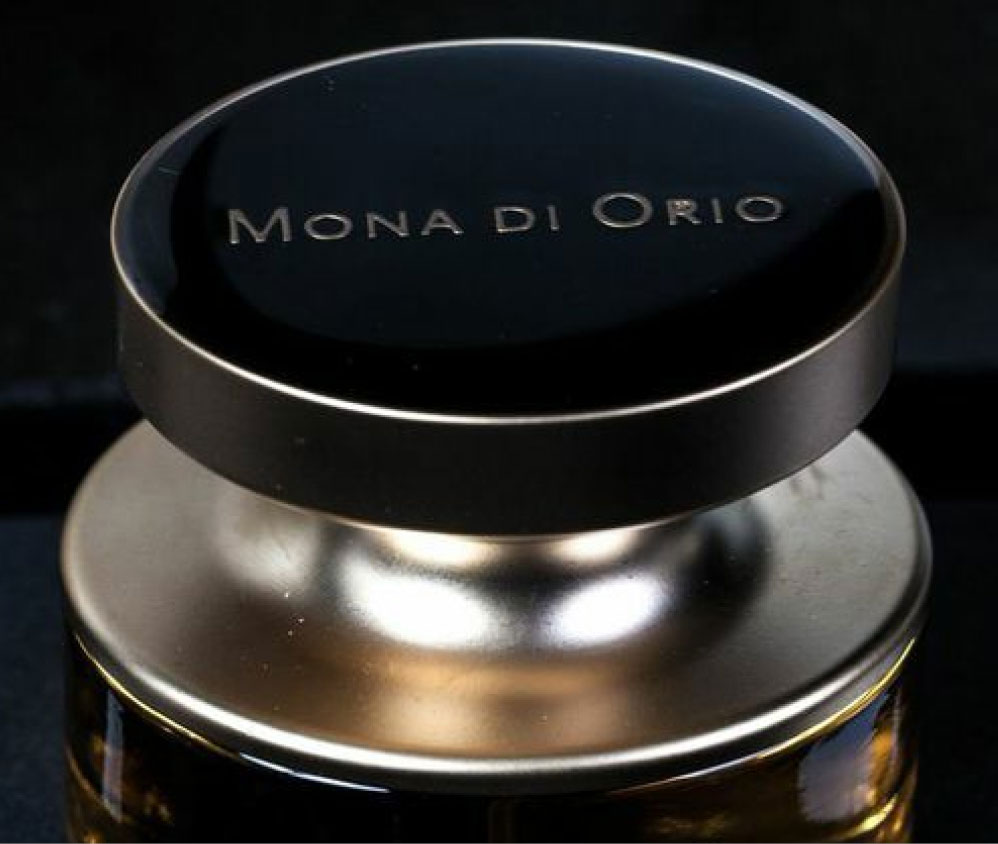 Mona_flakon